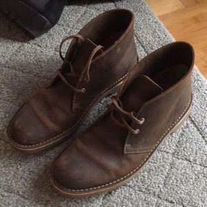 Clarks chukka boots size 9.5
